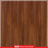piso de madeira laminado colocado para quarto Conceição