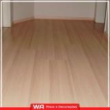 piso de madeira laminado para quarto Bonança